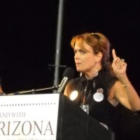 Dr Gina Loudon Arizona Buycott Rally Photo