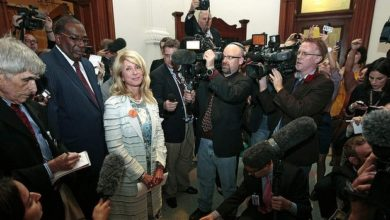 Photo of Wendy Davis: Why I refuse to wear her shoes.