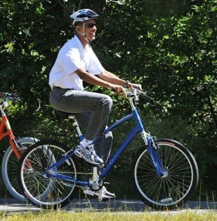obama-girlie-bike