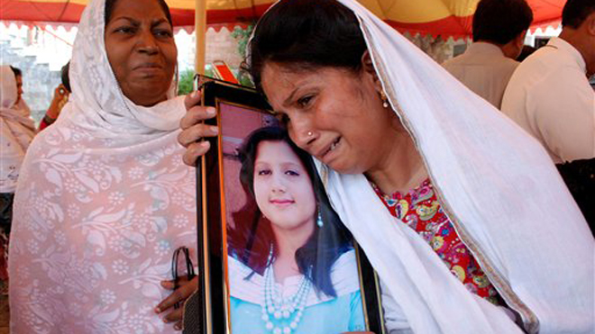 660-Pakistan-attack-Christians-AP