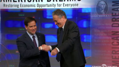 "Photo of Jon Stewart tells Marco Rubio, ""In Your Heart You're A Democrat"""