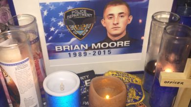 Photo of Thousands Gather For Fallen NYPD Hero Brian Moore