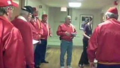 Photo of Heartwarming: Marines Sing to One of Their Hospitalized Brothers