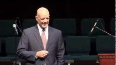 """Photo of Houston Pastor Quotes Cap. Parker: """"If They Want War, Let It Begin Here!"""""""