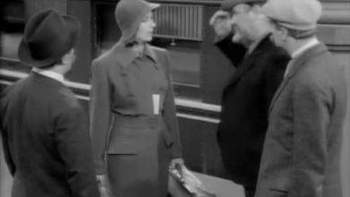 "Photo of ""Ninotchka"" (1939)  Classic Movie Review by Holly Woodland  (Five Stars)"