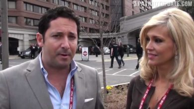 """Photo of PolitiChicks (& Dudes) Drop in on """"Occupy CPAC"""" Protest"""