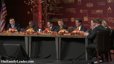 Photo of Seven Republican Candidates Discuss Faith & National Security Over Thanksgiving Table in Iowa