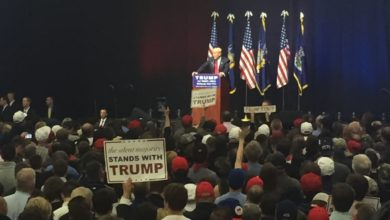 Photo of Donald Trump Returns Home to Hold a Rally in Long Island