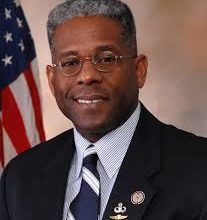 Photo of Activist Petitioning for LTC Allen West to Address RNC Convention
