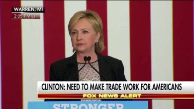 Photo of Hillary Clinton Slams Donald Trump's Economic Plan