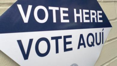 "Photo of Sen. Ron Johnson Has Doc Alleging 800 Illegals Given Citizenship ""For Votes"""