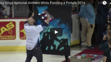 Photo of Crowd Roars (In A Good Way) At What This National Anthem Singer Paints
