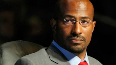 "Photo of Why Is Maoist Van Jones a ""Star"" on CNN?"