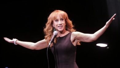 Photo of In Her Bubble, Kathy Griffin Thought Nothing Was Out of Bounds in Mocking Trump