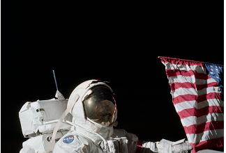 Photo of Daniel Greenfield: Make Space Great Again